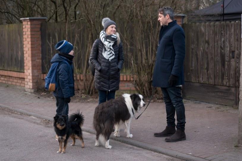 Wkrótce wielkie zmiany nastąpią w życiu Joasi Chodakowskiej (Barbara Kurdej-Szatan) - zamieszka w domu przy Wietrznej i nawiąże znajomość z nowym sąsiadem Michałem Ostrowskim, w roli którego zobaczymy Pawła Deląga.