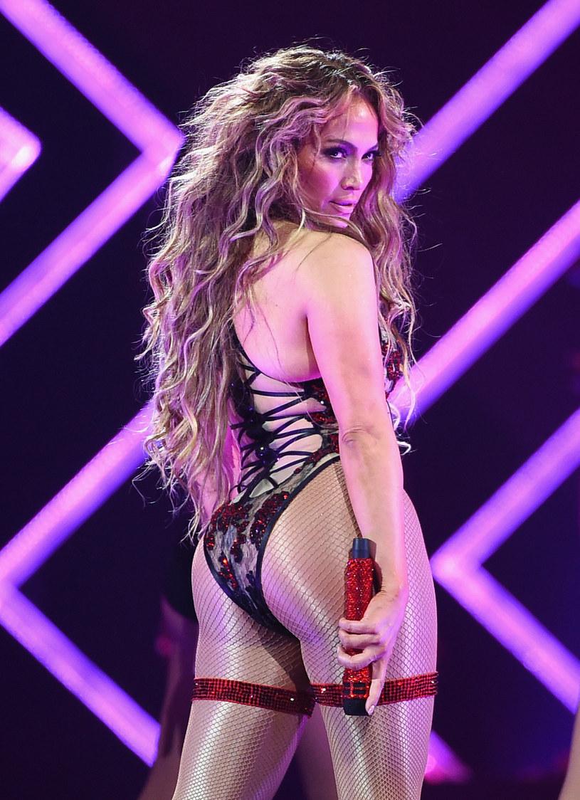 Jennifer Lopez ponownie wprawiła w osłupienie fanów, prezentując swoją treningową stylizację.