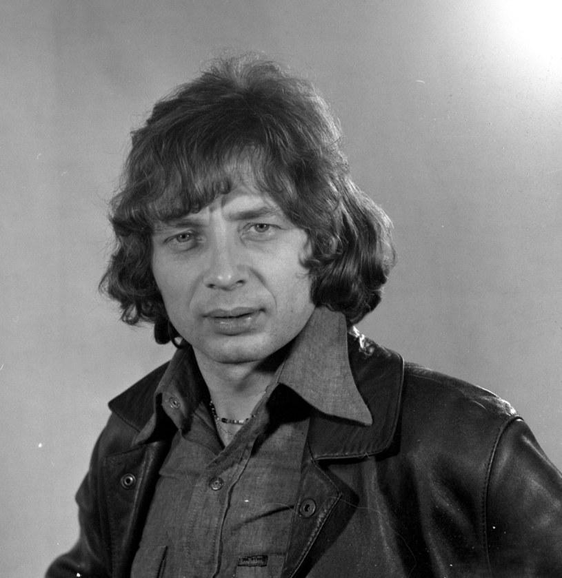 Piotr Janczerski - kompozytor, autor tekstów oraz wokalista zespołów No To Co i Niebiesko-Czarni - zmarł we wtorek (6 marca) w wieku 80 lat.