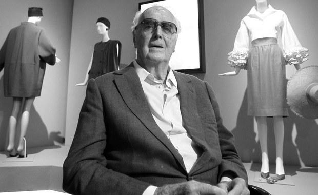 W wieku 91 lat zmarł światowej sławy francuski projektant mody Hubert de Givenchy - poinformowała agencja AFP, powołując się na jego bliskich. Założyciel legendarnego domu mody projektował kreacje m.in. dla Audrey Hepburn i Jacqueline Kennedy.