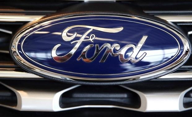Ford informuje, że do naprawy musi trafić prawie 1,4 miliona samochodów tej marki w Ameryce Północnej, ponieważ istnieje ryzyko odpadnięcia koła kierownicy. Dotyczy to modeli Ford Fusion i Lincoln MKZ z lat 2014-18.