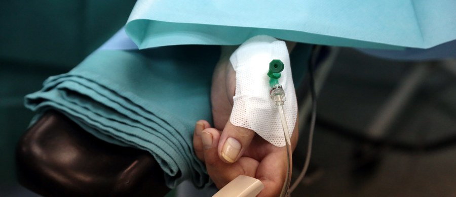 Według danych Światowej Organizacji Zdrowia, na świecie żyje obecnie 257 milionów osób z przewlekłym zakażeniem HBV i 71 milionów z przewlekłym zakażeniem HCV, a liczba zgonów wskutek wirusowego zapalenia wątroby typu B (HBV) i C (HCV) jest porównywalna z liczbą zgonów z powodu gruźlicy. W Polsce na wirusowe zapalenie wątroby typu B choruje około 350 tysięcy, a na WZW C - 200 tysięcy.