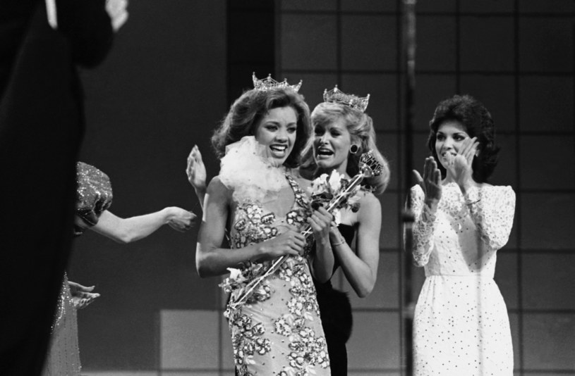 W lipcu 1984 r. skandal z jej nagimi zdjęciami wstrząsnął Ameryką. Vanessa Williams, pierwsza czarnoskóra Miss America, została zmuszona oddać koronę najpiękniejszej. Przeprosin doczekała się dopiero po ponad 30 latach.