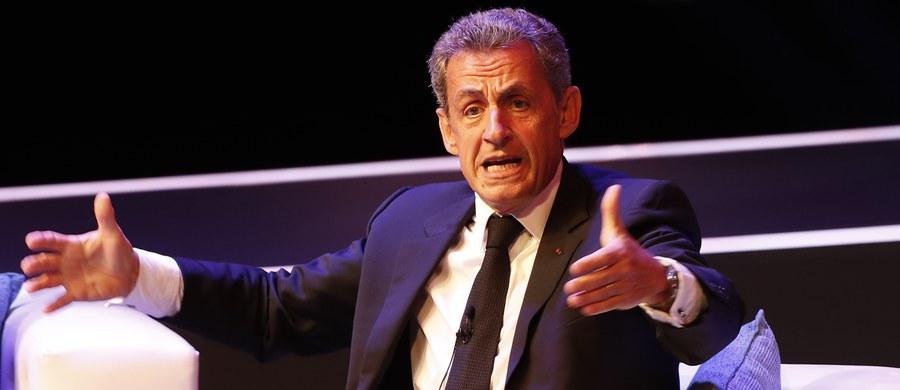 """Były prezydent Francji Nicolas Sarkozy został zatrzymany we wtorek i jest przesłuchiwany przez policję śledczą w Nanterre, w związku z podejrzeniem o nielegalne finansowanie kampanii prezydenckiej w 2007 roku - poinformował dziennik """"Le Monde"""" i portal Mediapart."""