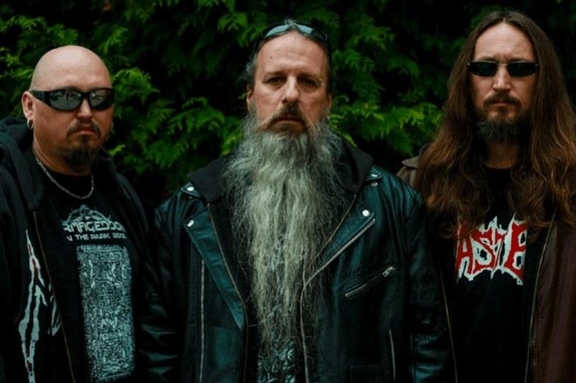 Grupa Master, jeden z pionierów amerykańskiego death metalu, podpisała nowy kontrakt i szykuje album.