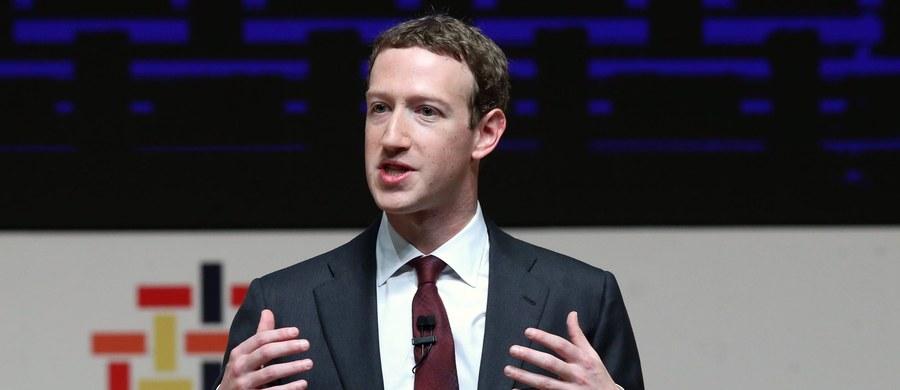 """Szef Parlamentu Europejskiego Antonio Tajani powiedział, że założyciel Facebooka Mark Zuckerberg musi wyjaśnić na forum PE związki z firmą doradczą Cambridge Analytica, która według mediów naruszyła prawo, wykorzystując dane ok. 50 mln użytkowników portalu. Tajani powiedział, że chce """"poznać całą prawdę na temat Facebooka""""."""