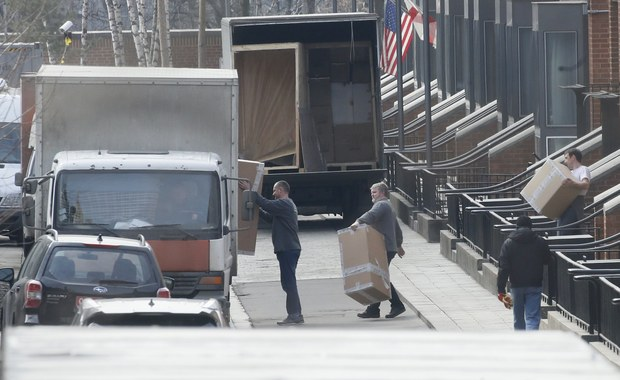 60 amerykańskich dyplomatów wydalonych przez Moskwę w odwecie za wyrzucenie przez władze USA 60 dyplomatów rosyjskich w związku z aferą Skripala opuściło Rosję - potwierdził amerykański Departament Stanu.