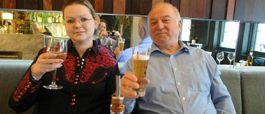 Siergiej i Julia Skripalowie w najbliższych dniach zostaną przesłuchani przez brytyjską policję. Zeznania byłego rosyjskiego szpiega i jego córki będą kluczowe dla śledztwa. Pomogą policji ustalić chronologię zdarzeń i definitywnie stwierdzić, gdzie doszło do skażenia niebezpieczną substancją w Salisbury.