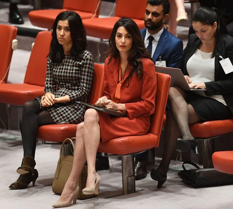 Piękna pani adwokat oficjalnie przypieczętowała swój status gwiazdy goszcząc na okładce amerykańskiej biblii mody. W ekskluzywnym wywiadzie Amal Clooney po raz kolejny udowadnia, że jest kimś znacznie więcej niż ikoną mody i żoną hollywoodzkiego aktora.