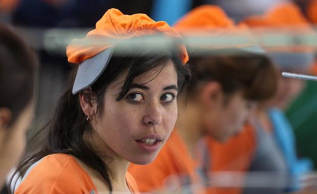 Rząd Uzbekistanu wydał akt prawny, zakazujący pracy przymusowej. Od lat w Uzbekistanie uczniowie i pracownicy instytucji państwowych, takich jak szkoły i szpitale, byli wysyłani do zbierania bawełny czy sprzątania ulic.