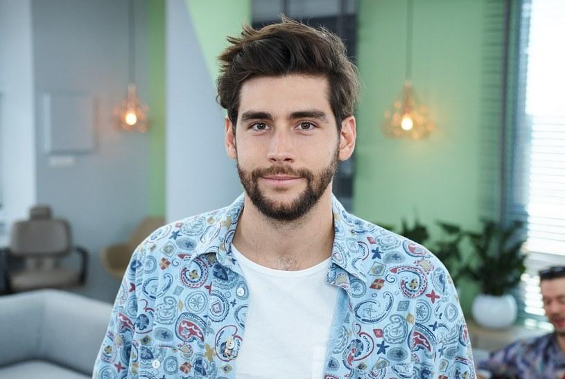 """Jedną z gwiazd Tauron Life Festival Oświęcim będzie mający wielu fanów w naszym kraju urodzony w Barcelonie wokalista Alvaro Soler, znany z przebojów """"Sofia"""" i """"El Mismo Sol""""."""