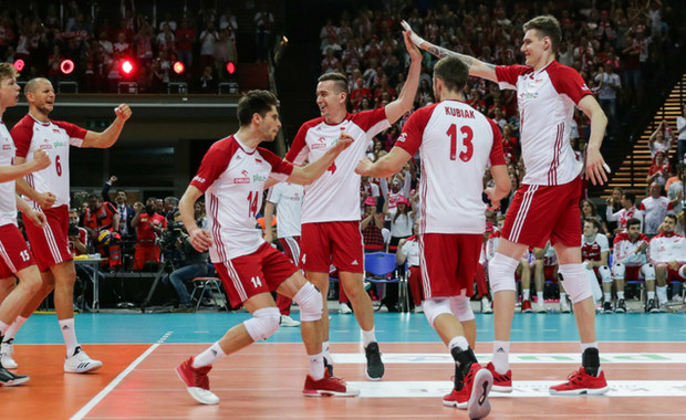 Trener reprezentacji Polski mężczyzn Vital Heynen po spotkaniach towarzyskich z Kanadą w Katowicach i Opolu podał nazwiska piętnastu graczy, z których zamierza skorzystać podczas pierwszego turnieju Siatkarskiej Ligi Narodów w Katowicach i Krakowie.
