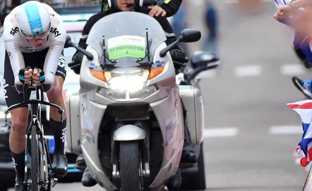 Brytyjczyk Chris Froome (Sky) wygrał 19. etap kolarskiego Giro d'Italia z górskim finiszem w Bardonecchia (184 km) i objął prowadzenie w wyścigu. Dotychczasowy lider, jego rodak Simon Yates (Mitchelton-Scott) poniósł ogromne straty i nie liczy się w walce o zwycięstwo.