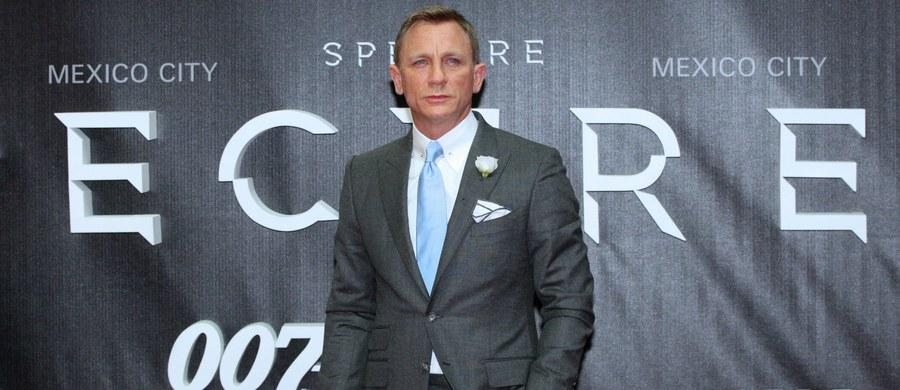 """To już pewne. Twórca oscarowego filmu """"Slumdog. Milioner z ulicy"""" Danny Boyle nakręci nowego Bonda. W roli agenta 0007 - ponownie Daniel Craig. Producenci zdradzili kilka szczegółów nowej produkcji."""