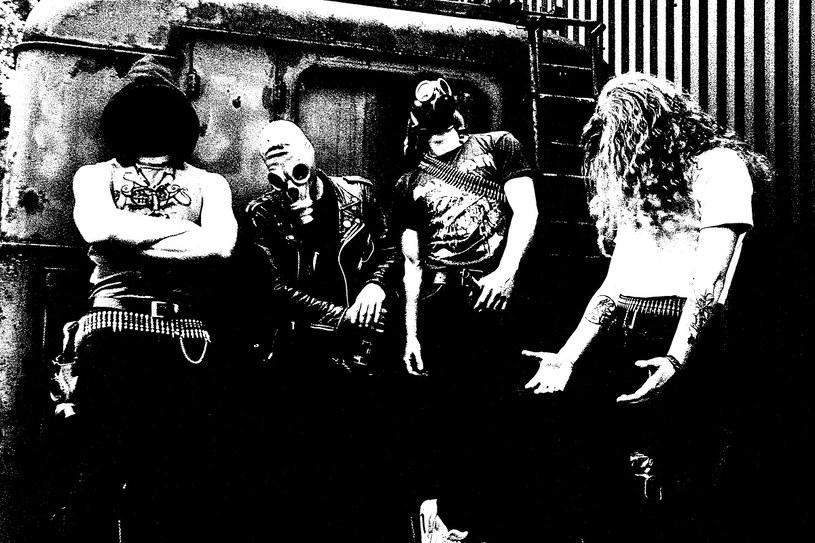 Grupa Truchło Strzygi szykuje się do premiery pierwszego albumu.
