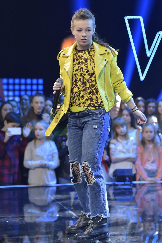 """Finalistka """"The Voice Kids"""", 15-letnia Zuza Jabłońska, i znany beatboxer wzięli udział we wspólnym nagraniu."""