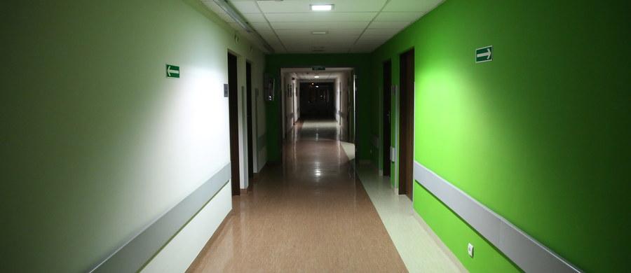 Śląski oddział Narodowego Funduszu Zdrowia odrzucił obie oferty złożone w konkursie na świadczenie usług medycznych w szpitalu w Pszczynie (Śląskie). Pacjenci mogą korzystać z usług okolicznych placówek, uruchomiono dla nich całodobową infolinię.