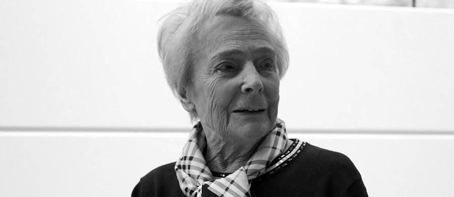 W wieku 88 lat zmarła prof. Olga Krzyżanowska - polska polityk, działaczka społeczna, lekarka. O jej śmierci poinformował prezydent Gdańska Paweł Adamowicz.