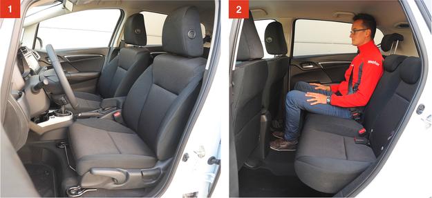 [1] Fotele Jazza mają niezłe wyprofilowanie i ergonomiczne zagłówki, ale zakres ich regulacji jest ograniczony. [2] Dużo miejsca na nogi – wygodnie może podróżować tu dwóch rosłych mężczyzn. Plus za niemal płaski tunel i regulację kąta oparć. /Motor
