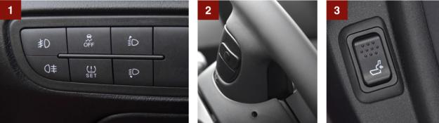 [1] Panelem po lewej stronie kierownicy obsługuje się światła, ESC i czujnik ciśnienia w oponach. [2] Wygodne – do zmiany stacji lub utworu oraz regulacji głośności służą przyciski na przedniej części ramion kierownicy. [3] Regulacja podpórki lędźwiowej w zestawie z tylnym podłokietnikiem kosztuje dodatkowo 1000 zł. /Motor