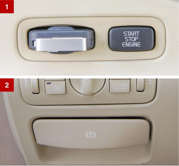 [1] Seryjne w Volvo S80: kluczyk umieszcza się w porcie, a silnik uruchamiany jest przyciskiem. [2] Elektryczny hamulec pomocniczy – to słaby punkt S80. /Motor
