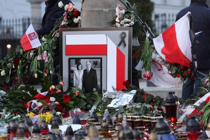 10 kwietnia 2010 r. w Smoleńsku rozbił się rządowy samolot Tu-154M. Zginęło 96 osób, m.in. prezydent Lech Kaczyński z żoną Marią /Jan Kucharzyk /East News