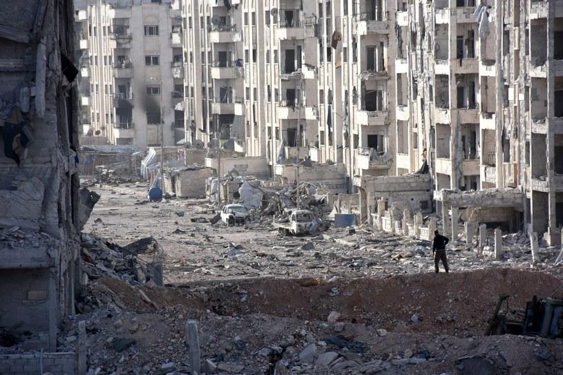 10 tys. ludzi uciekło ze wschodnich dzielnic Aleppo /GEORGES OURFALIAN /AFP