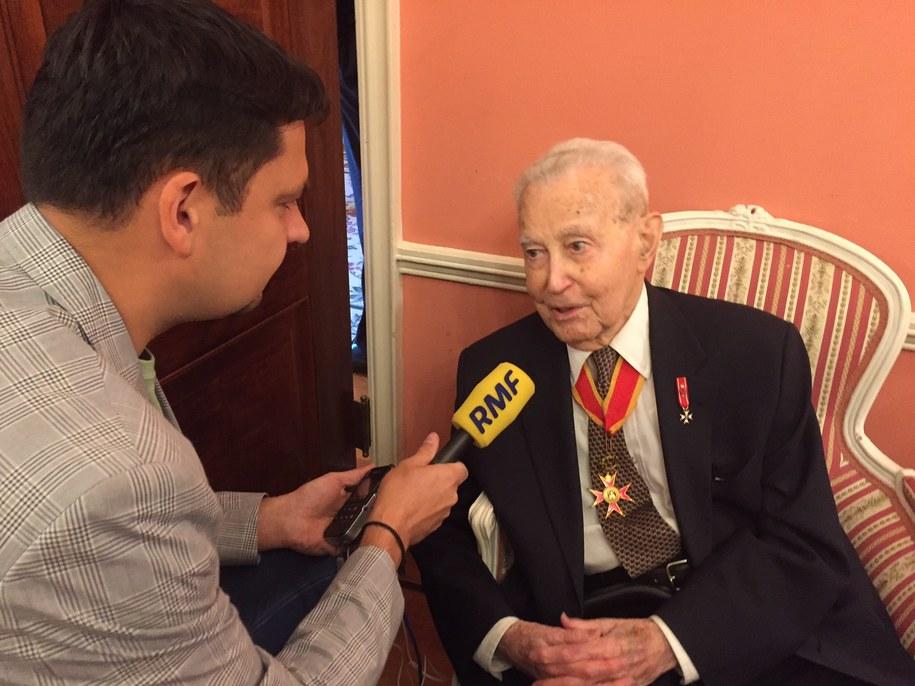 104-letni Władysław Zachariasiewicz w rozmowie z naszym korespondentem Pawłem Żuchowskim /Paweł Żuchowski /RMF FM