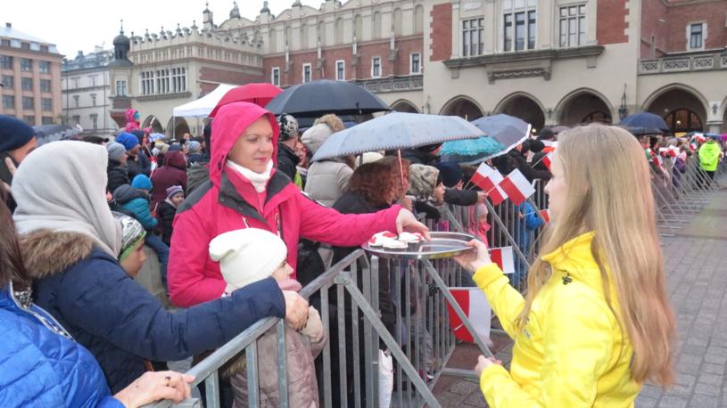11 listopada na Rynku Głównym w Krakowie /Paweł Pawłowski (RMF FM) /RMF