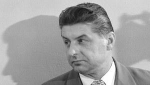 "12 grudnia 1974 r. Wkracza ""propaganda sukcesu"""