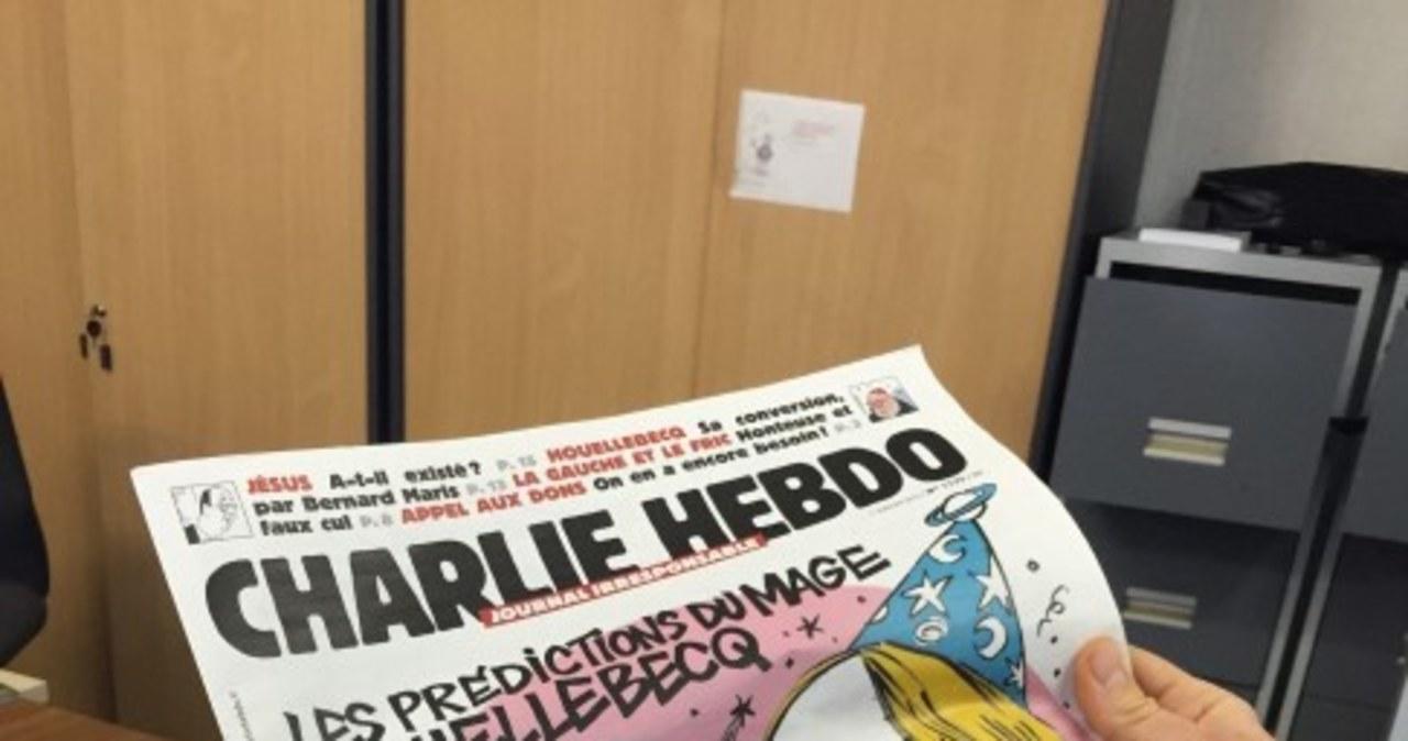 """12 osób zginęło w zamachu na biuro tygodnika """"Charlie Hebdo"""""""