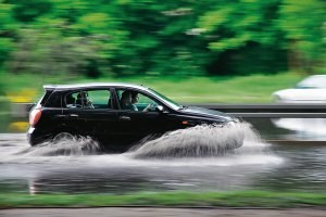 14. Szybka jazda przez wodę /Motor