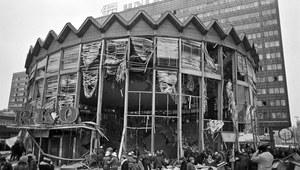 15 lutego1979 r. Wybuch gazu w centrum Warszawy – rotunda PKO w ruinie