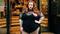 155 kilogramowa modelka w przejrzystej sukience. Przesada?