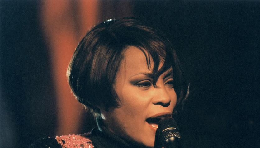 18 lat temu Whitney Houston wystąpiła razem z córką w Polsce
