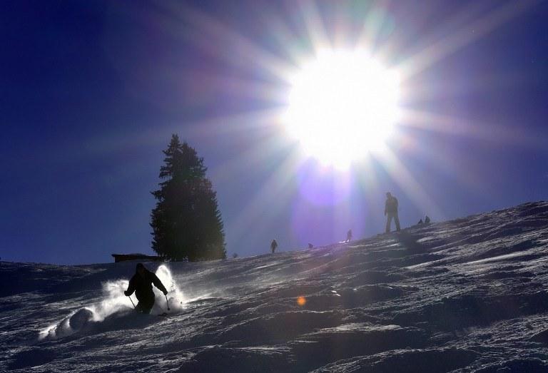 19-latek zaginął podczas jazdy na nartach w miejscowości Diablerets, zdj. ilustracyjne /AFP