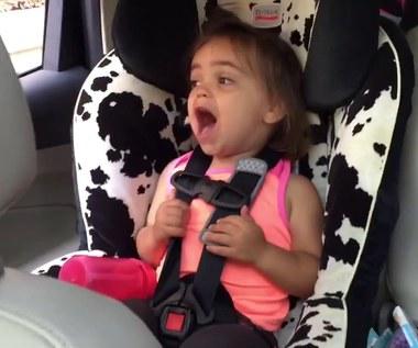 """2-letnia Millie śpiewa """"Bohemian Rhapsody"""" i podbija sieć"""