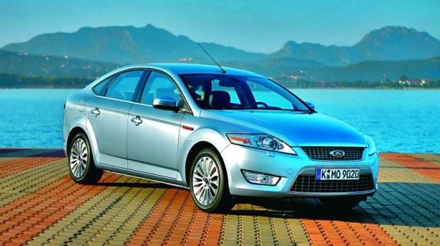 2007: Kolejna generacja, zaprojektowana zgodnie z nową estetyką Kinetic Design. Facelifting w 2010 r. /Ford