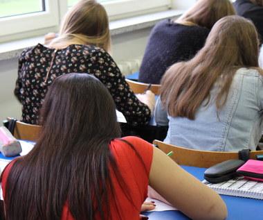 2018 - zmiany w szkołach, może rewolucja na uczelniach