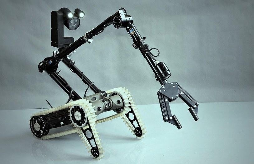 """22 maja w Przemysłowym Instytucie Automatyki i Pomiarów PIAP odbędzie się III edycja Nocy Robotów PIAP pod hasłem """"Misja: Bezpieczeństwo"""" /materiały prasowe"""