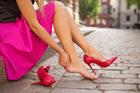 3 sposoby na pęcherze na stopach