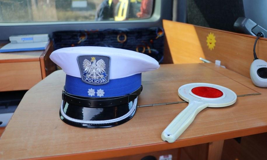 30-latek zmarł po czwartkowej, wieczornej interwencji policji w Przecławiu koło Szczecina. Zdjęcie ilustracyjne /Jacek Skóra /RMF FM