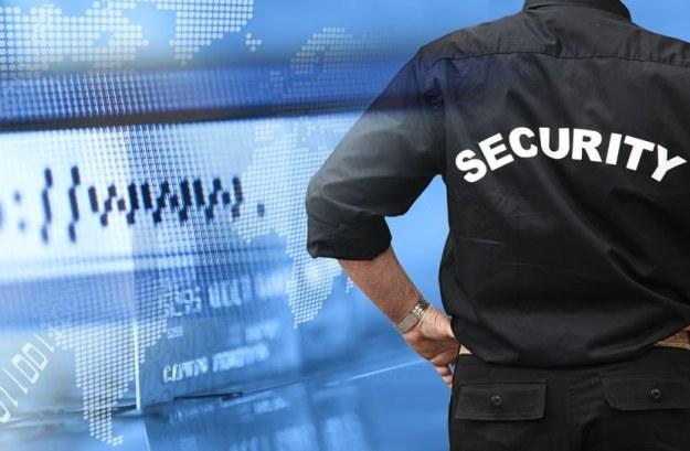 30 proc. firm obsługujących przepływ pieniędzy w internecie nie zapewnia i nie planuje zapewniać ochrony na urządzeniach klientów. /©123RF/PICSEL