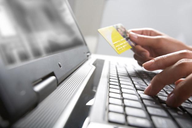 5 powodów, dla których warto posiadać konto internetowe /materiał zewnętrzny