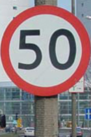 50 km/h czyli martwy przepis?