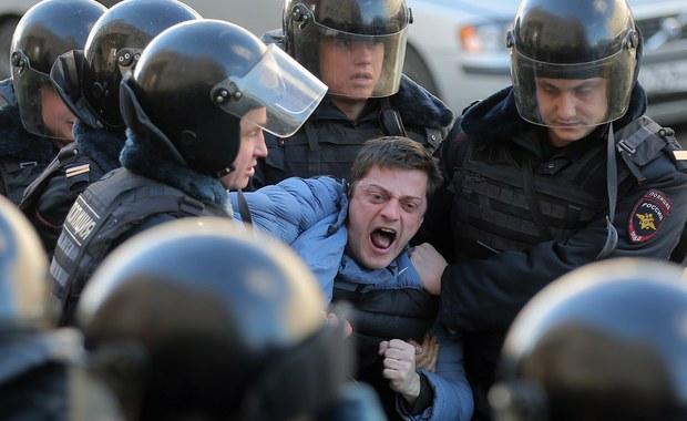500 osób zatrzymanych na demonstracji w Moskwie. Wśród nich m.in. Aleksiej Nawalny
