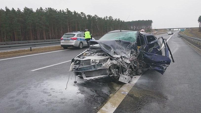 67-letni Kierowca renault megane jechał pod prąd /Policja