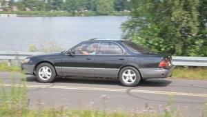 770 tysięcy km używanym Lexusem ES 300 z 1992 r.
