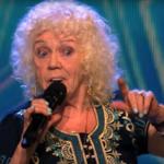 """81-letnia Evelyn Williams w """"Mam talent"""" w Irlandii: Ten występ wyciska łzy"""