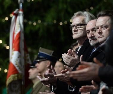93. miesięcznica smoleńska. Marsz pamięci wyruszył w kierunku Pałacu Prezydenckiego